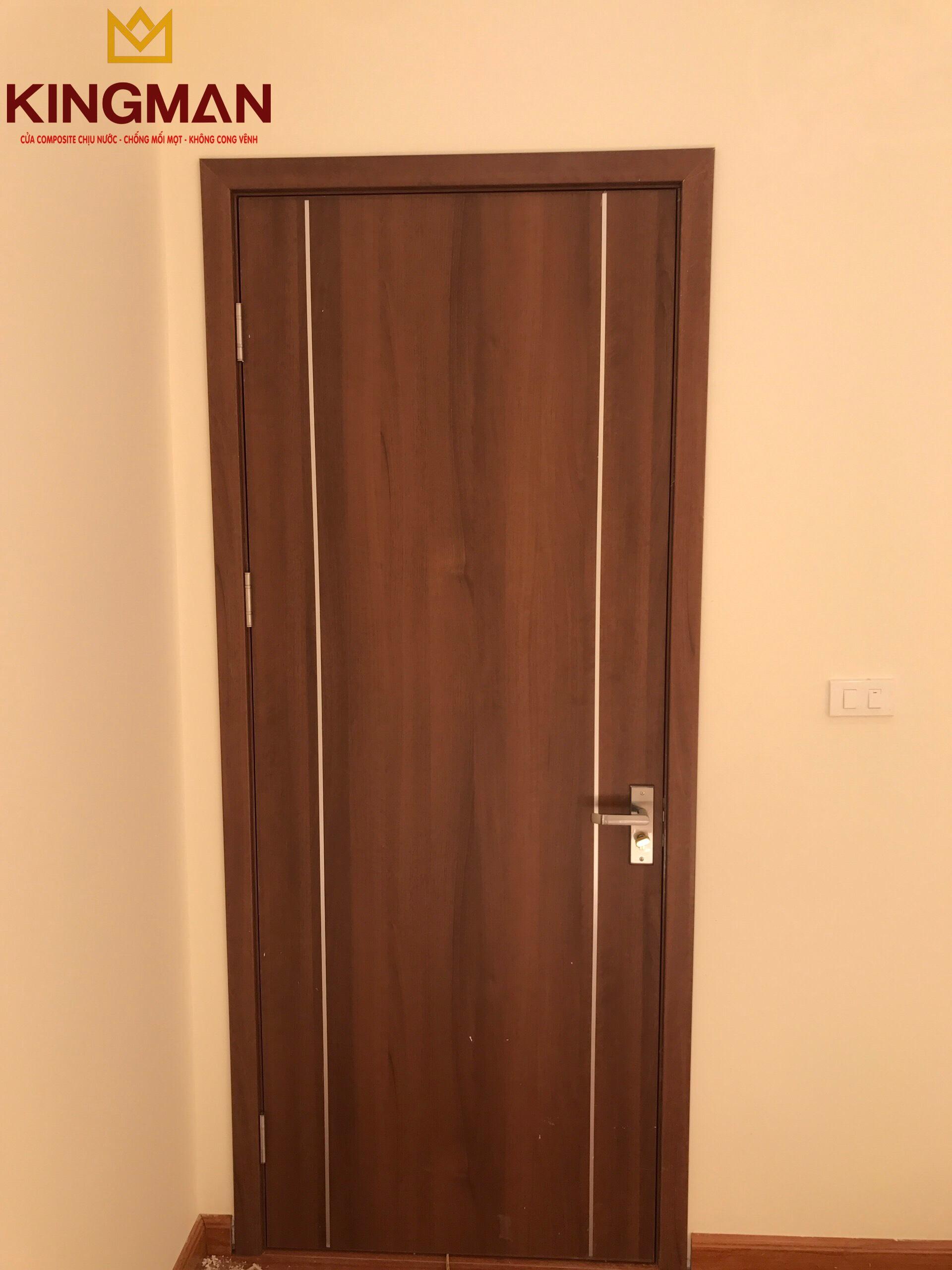 Cửa thông phòng 2 chỉ nhôm dọc