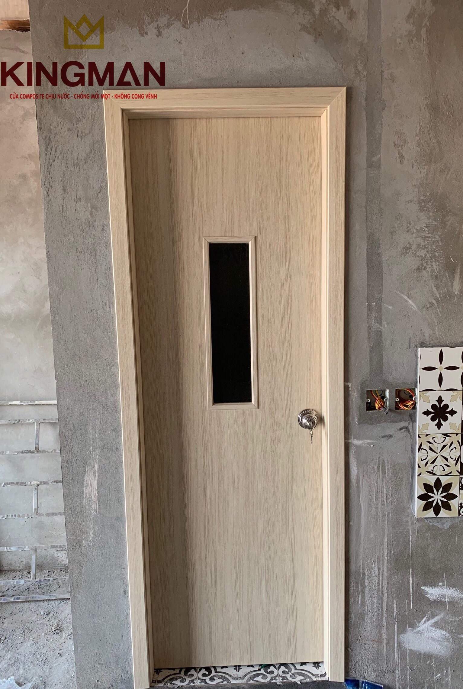 Cửa WC Ô Kính